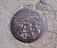 Entwässerungsabdeckung an Shirakawa-gehen Dorf, Japan 8 Stockfoto