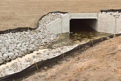 Entwässerungstunnel Stockfoto