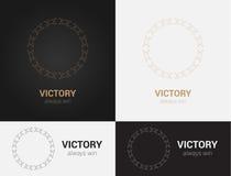 Entwerfen Sie Schablonen in den schwarzen, grauen und goldenen Farben Kreatives Mandalalogo, Ikone, Emblem, Symbol Lizenzfreie Stockfotos