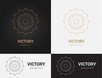 Entwerfen Sie Schablonen in den schwarzen, grauen und goldenen Farben Kreatives Mandalalogo, Ikone, Emblem, Symbol Lizenzfreies Stockbild