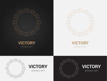 Entwerfen Sie Schablonen in den schwarzen, grauen und goldenen Farben Kreatives Mandalalogo, Ikone, Emblem, Symbol Lizenzfreie Stockbilder