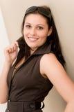 Entwerfergläser - Art und Weisefrauenportrait lizenzfreies stockbild