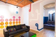 Entworfener Dachbodeninnenraum Stockbilder