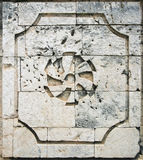 Spanische Kolonialarchitektur der korallenroten Blockwand Stockbilder