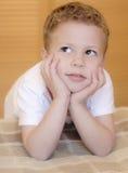 Entzückender Junge Stockfoto