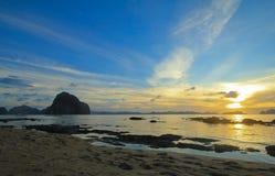 Entzückender Sonnenuntergang Stockbild
