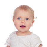 Entzückendes blondes Baby beim Unterwäschelächeln Stockfoto