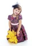 Entzückendes kleines blondes Mädchen mit dem langen Haar und Stockfotografie