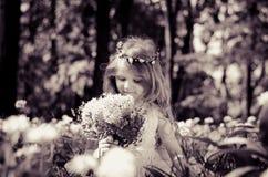 Entzückendes reizendes Mädchen Stockfotografie