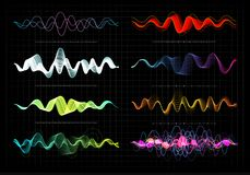 Entzerrervektorillustration Abstrakte Wellenikone stellte für Musik und Ton ein Pulsierenfarbgewellte Bewegungslinien auf Schwarz Lizenzfreie Stockfotos
