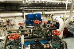 Envía las válvulas, motor principal - dirigir el interior Fotos de archivo