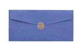 Envíe el sobre o la letra sellada con el primer del sello del sello de la cera fotografía de archivo libre de regalías