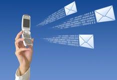 Envío de SMS Fotografía de archivo libre de regalías