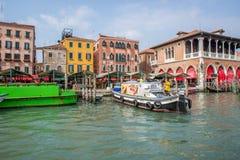 Envío en Venecia Italia Foto de archivo