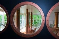 Envases de cobre de la cervecería Imagen de archivo libre de regalías