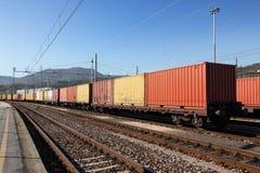 Envases en el ferrocarril Imagen de archivo libre de regalías