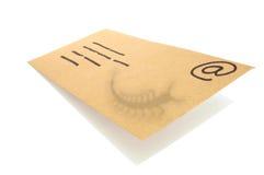 Envelop, concept voor e-mail met een virus besmette gehechtheid. Royalty-vrije Stock Afbeeldingen