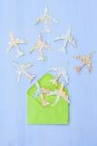 Envelope com planos de papel Imagem de Stock