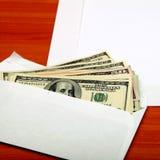 Envelope com um dinheiro foto de stock