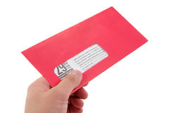 Envelope de anúncio vermelho fotografia de stock royalty free