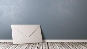 Envelope do Livro Branco no assoalho de madeira com Copyspace Fotos de Stock
