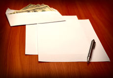 Envelope with a Money and Empty Paper Royalty Free Stock Images
