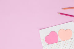 Envelope with paper note heart or post it Royalty Free Stock Photos
