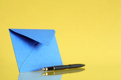 Envelope And Pen Royalty Free Stock Photography