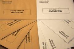 Envelopes de votação para o Senado e o congresso na Espanha foto de stock royalty free