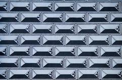Envelopes na parede Foto de Stock