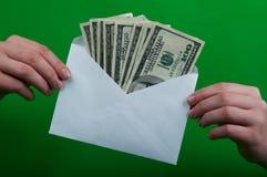 Envelophoogtepunt van geld Royalty-vrije Stock Fotografie