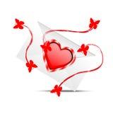 Enveloppe avec des coeurs au jour du saint Valentin Photographie stock