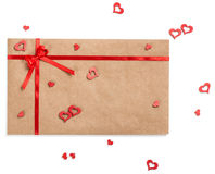 Enveloppe avec le ruban et coeurs pour le jour de valentines Image libre de droits