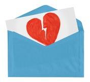 Enveloppe avec le symbole de l'amour cassé Photographie stock libre de droits
