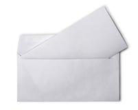 Enveloppe blanche avec la page blanche pliée pour la correspondance images libres de droits