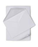 Enveloppe blanche avec la page blanche pour la correspondance images stock