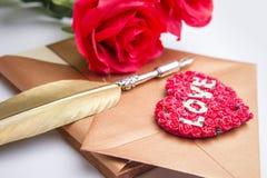 Enveloppe de lettre d'amour, concept de valentine Image stock