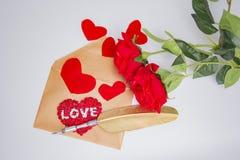 Enveloppe de lettre d'amour, concept de valentine Photographie stock