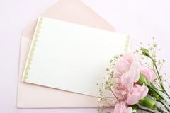 Enveloppe et carte photo libre de droits