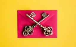Enveloppe et clés de Noël Photo libre de droits