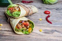 Enveloppe mexicaine de tortilla photo stock