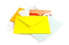 Enveloppen op wit Royalty-vrije Stock Afbeeldingen