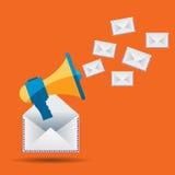 Enveloppes de mégaphone et de lettre, communication par le marketing d'email Images libres de droits