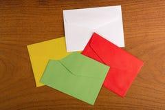 Enveloppes multicolores Image libre de droits