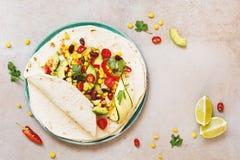 Enveloppes végétariennes de taco photos stock