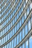 Envergure futuriste de toit photographie stock