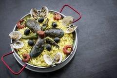 Envergure portugaise traditionnelle célèbre mélangée de Paella de fruits de mer et de riz Photo libre de droits