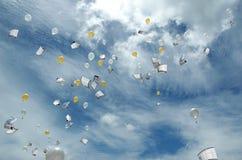 Envío de datos a la nube Foto de archivo libre de regalías