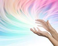 Envoi de l'énergie curative éloignée Photos libres de droits