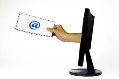 Envoi de l'email à partir de l'ordinateur Images libres de droits